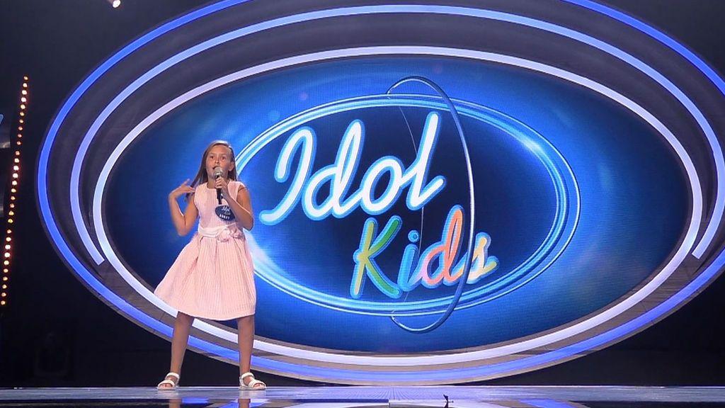 """Ainara Tadeo """"llena el escenario"""" de 'Idol Kids' con su desparpajo interpretando 'Chica ye yé'"""