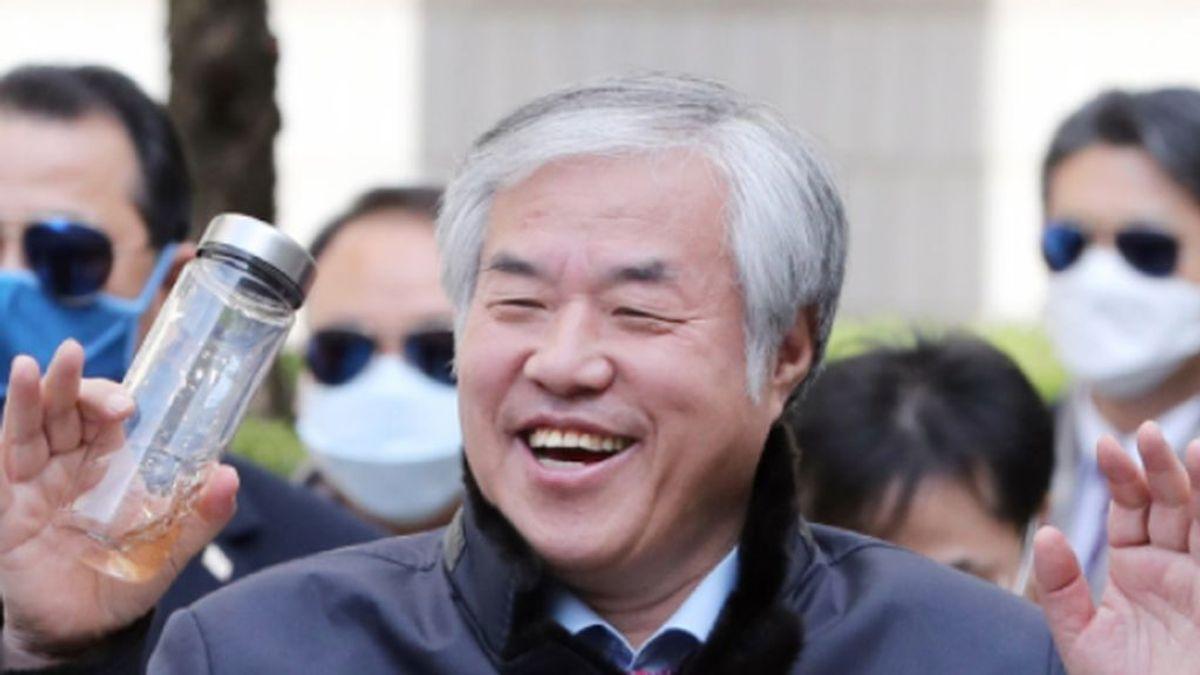 El controvertido líder de la Iglesia surcoreana del Amor Máximo, Jun Kwang-hoon, encarcelado