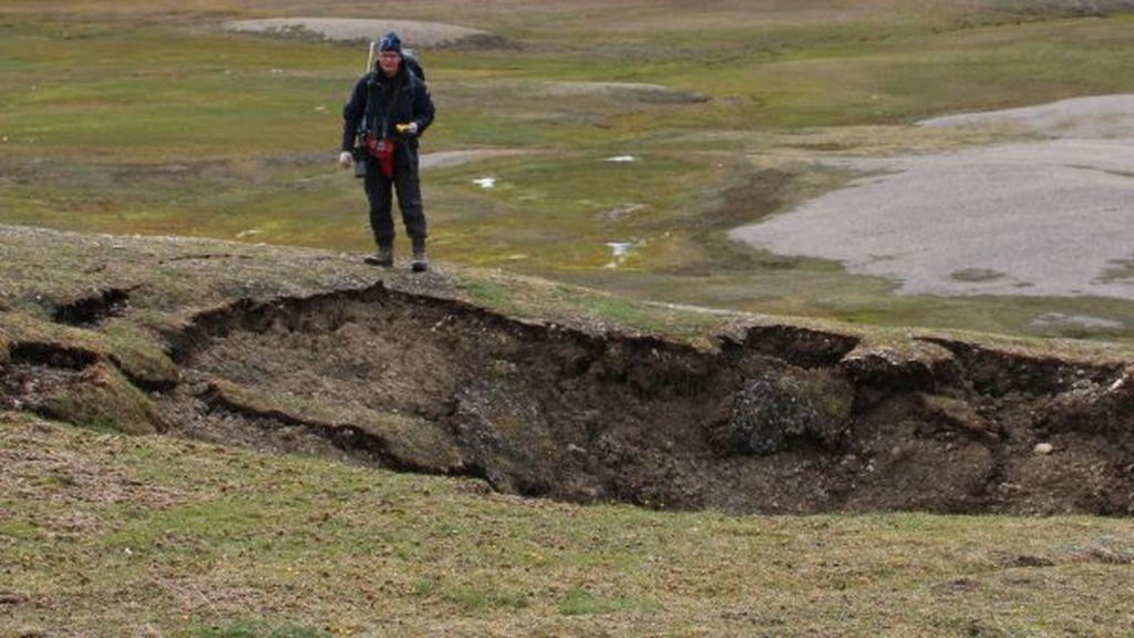 Se abre la tierra en Svalbard por el deshielo del permafrost tras el verano más caluroso de su historia