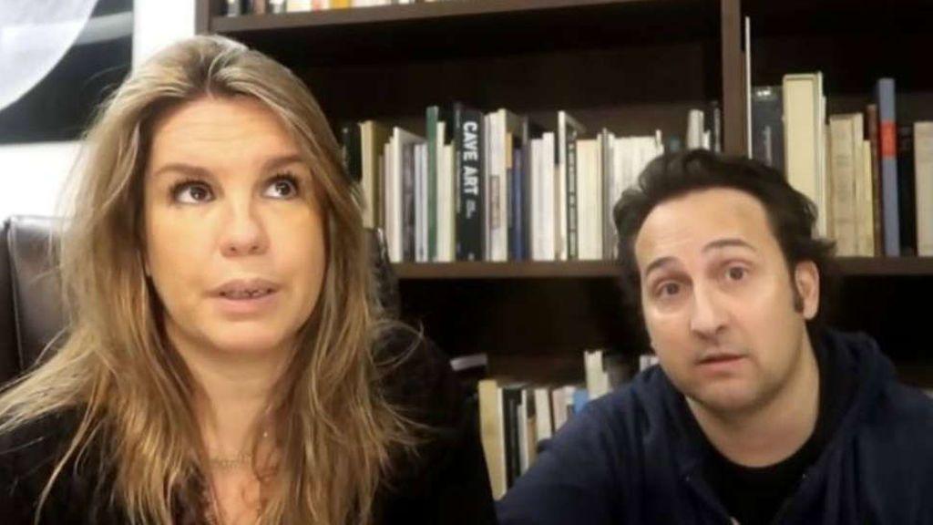 """Iker Jiménez y Carmen Porter, rotos por la aparatosa muerte del marido de una compañera: """"No hay palabras"""""""
