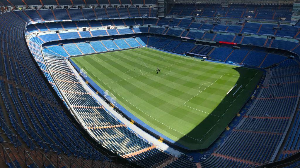 Un estadio de fútbol vacío
