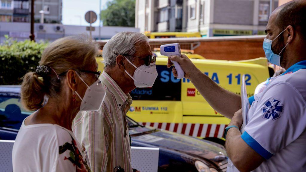 Madrid vigila con visitas a domicilios el cumplimiento de la cuarentena