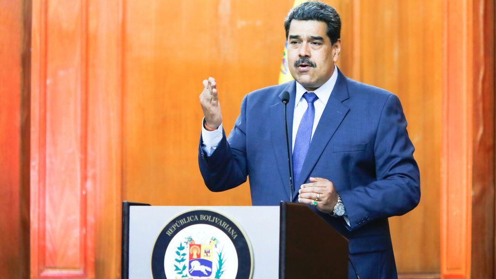 Venezuela: caos sin gasolina y promesa de vacuna solo para los candidatos a las presidenciales