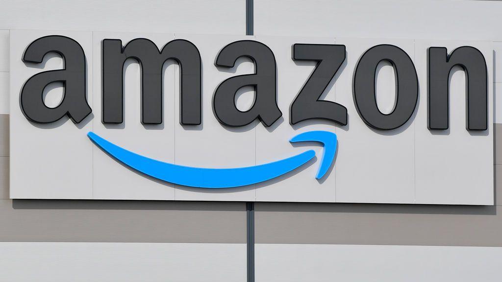 Amazon retira de la venta productos pedófilos tras una solicitud del Ministerio de Consumo