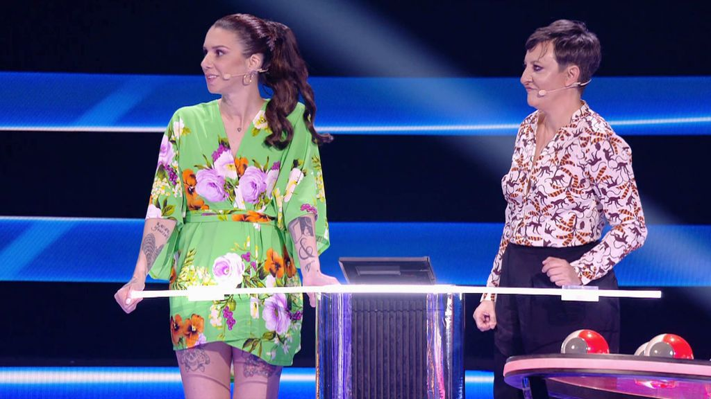 Melani Olivares y Eva Hache Adivina qué hago esta noche Temporada 2 Programa 17