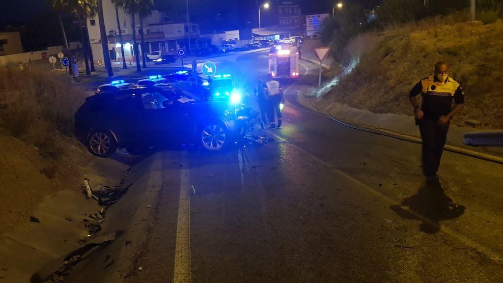 El coche de los narcos que hirió de gravedad al policía nacional