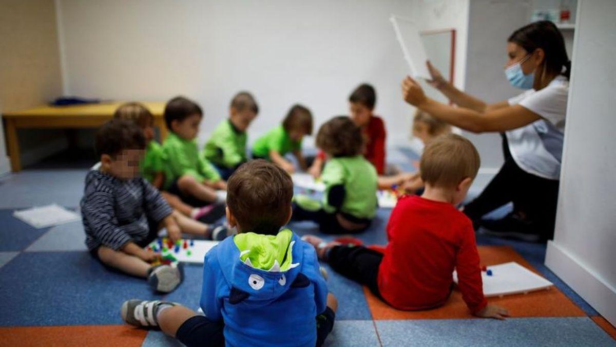 Castilla La Mancha vuelve a clase:  Más de 400.000 alumnos lo hacen,  110 centros de forma semipresencial