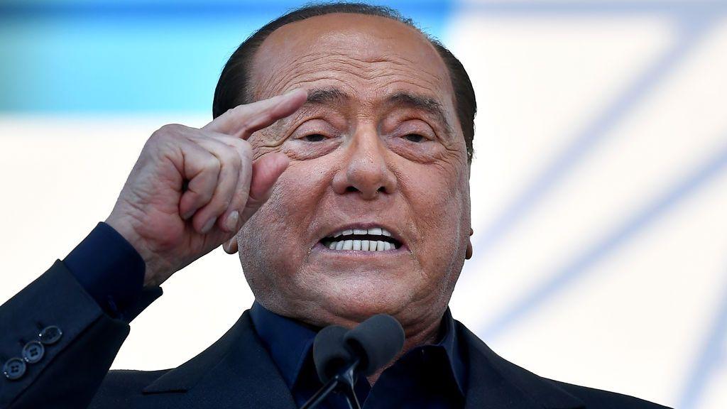 """Berlusconi: """"Lucho para superar esta enfermedad infernal"""""""