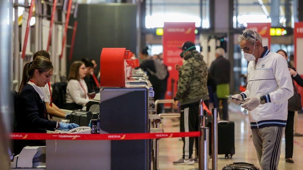 Volar en la era pandémica: las medidas anticovid de las principales aerolíneas para viajar