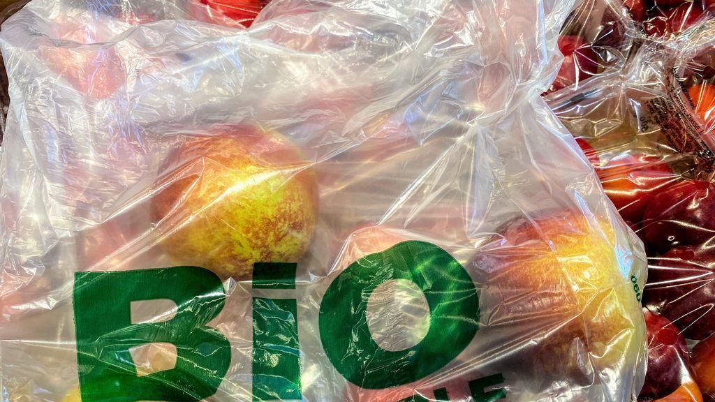 Más verdes que el plástico, pero no milagrosos: qué son los bioplásticos y cuáles son sus ventajas