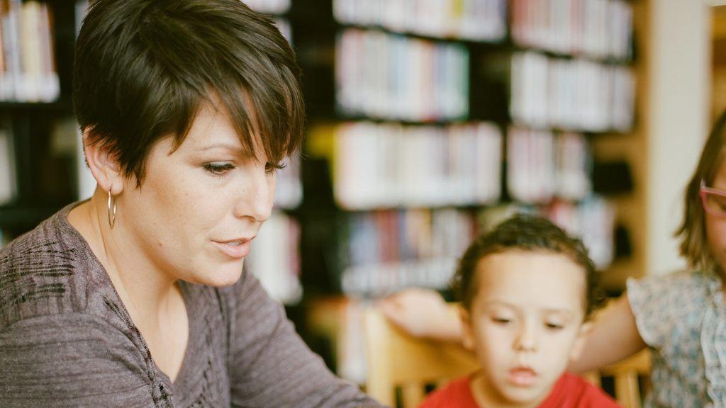 Webs especializadas, boca a boca y titulación: claves para elegir el profesor particular de tus hijos