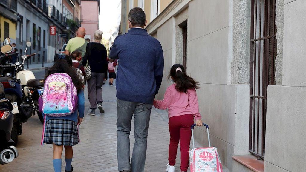 Un profesional irá a casa de los niños de guarderías de Madrid que tengan que hacer cuarentena y sus padres no puedan cuidarlos