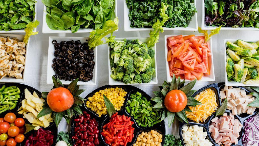 Educar al cuerpo en la alimentación saludable: dos expertas explican cuándo se debe ir al nutricionista