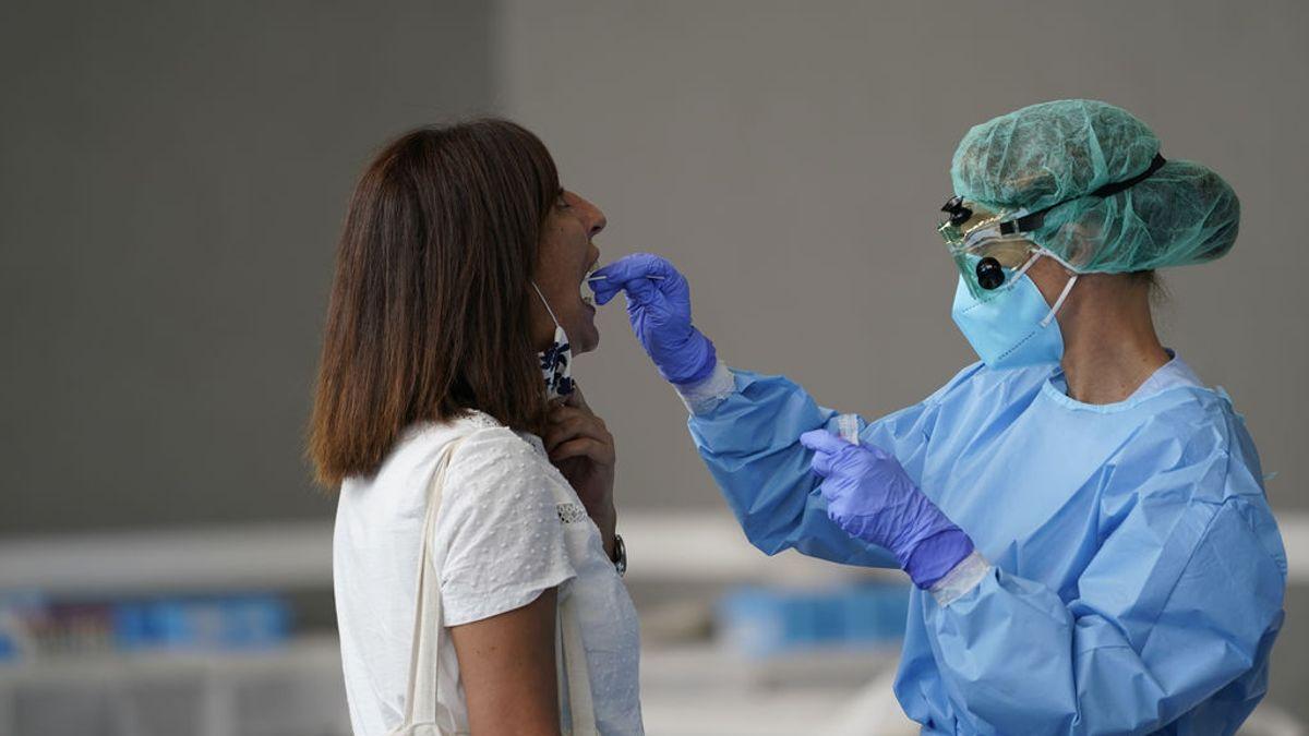 Dar positivo en una PCR por coronavirus no siempre significa estar contagiado
