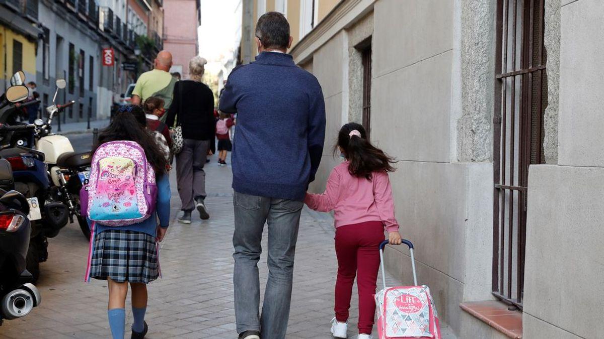 Madrid remarca que solo 26 aulas de las 30.000 que han retomado la actividad han tenido sospecha de coronavirus