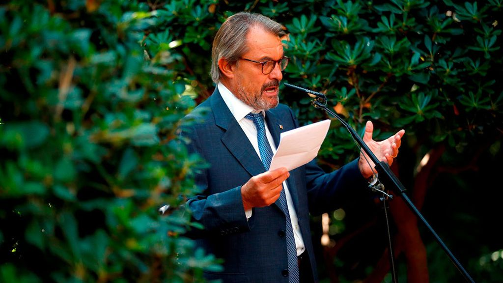 Artur Mas consuma su divorcio con Puigdemont y se quedará en el PDeCat