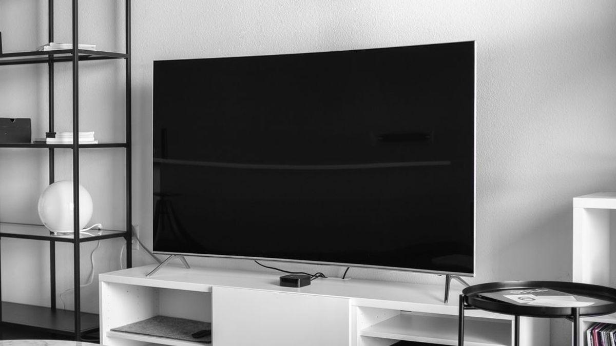 Trucos para limpiar la pantalla plana de la televisión