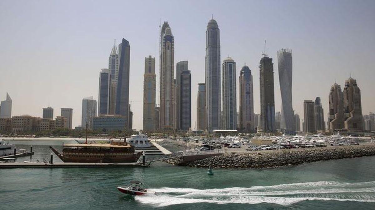 Roban y amenazan con quemar con una plancha a un turista español en Dubái