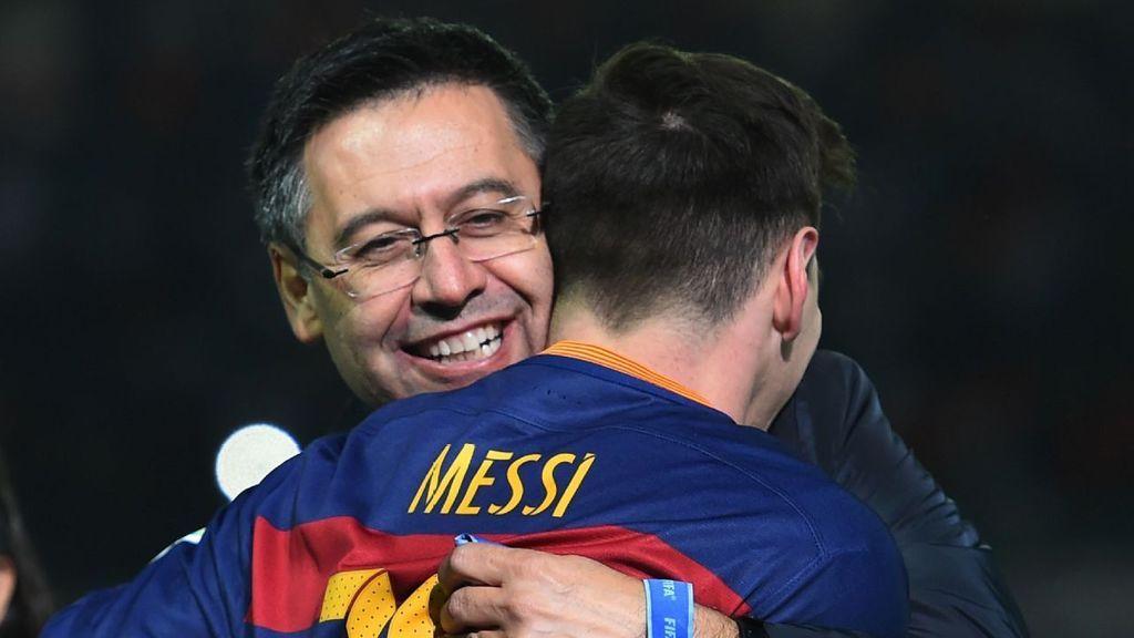 Bartomeu pedirá a Messi rebajarse el sueldo en su primer cara a cara tras quedarse un año más en el Barça