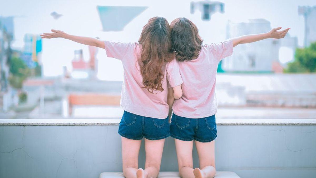 Las palabras mellizos y gemelos no significan lo mismo.