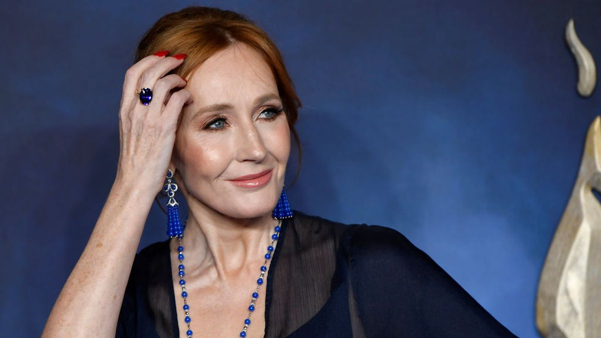 J.K. Rowling, acusada nuevamente de transfobia tras la publicación de su nuevo libro