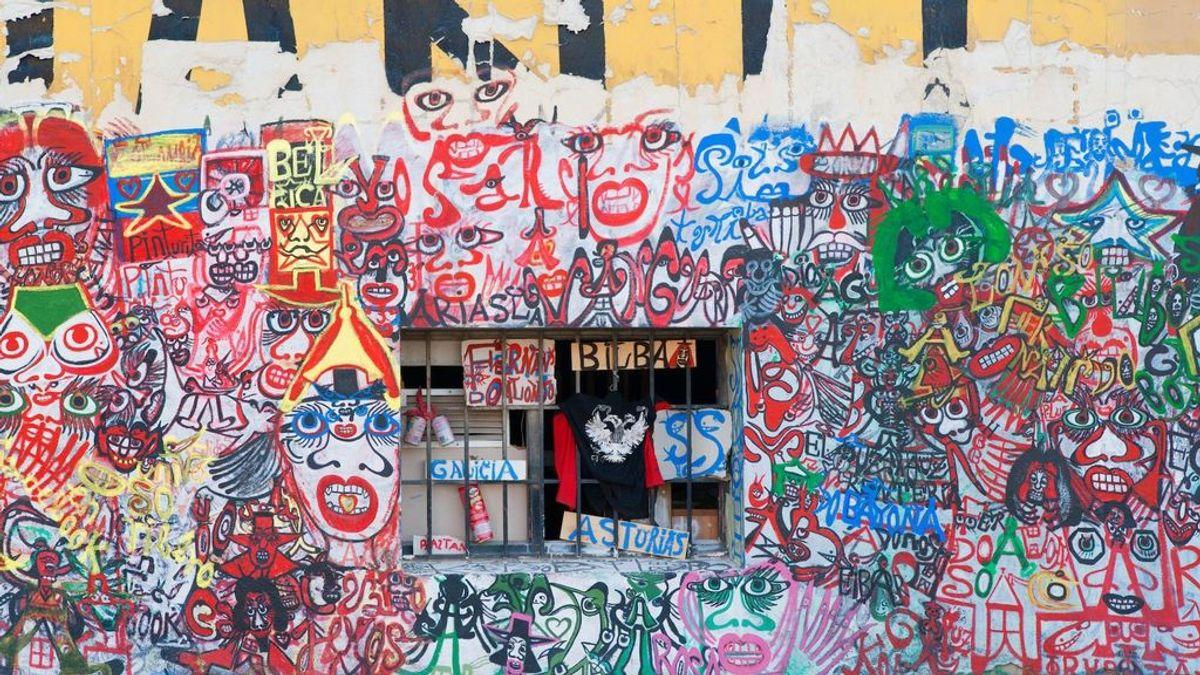 Estalla la guerra contra los okupas: del teléfono 900 a las medidas fiscales y policiales