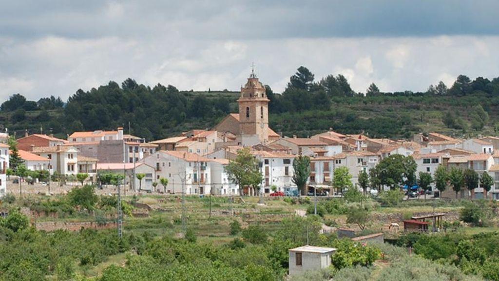 Un pueblo de Castellón busca familia con hijos para salvar la escuela: ofrece casa y trabajo