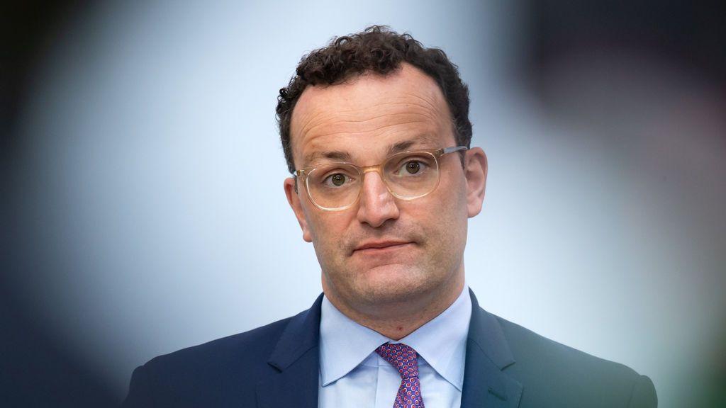 """Jens Spahn, ministro alemán de Sanidad:  """"Estoy preocupado por la dice situación en España"""""""