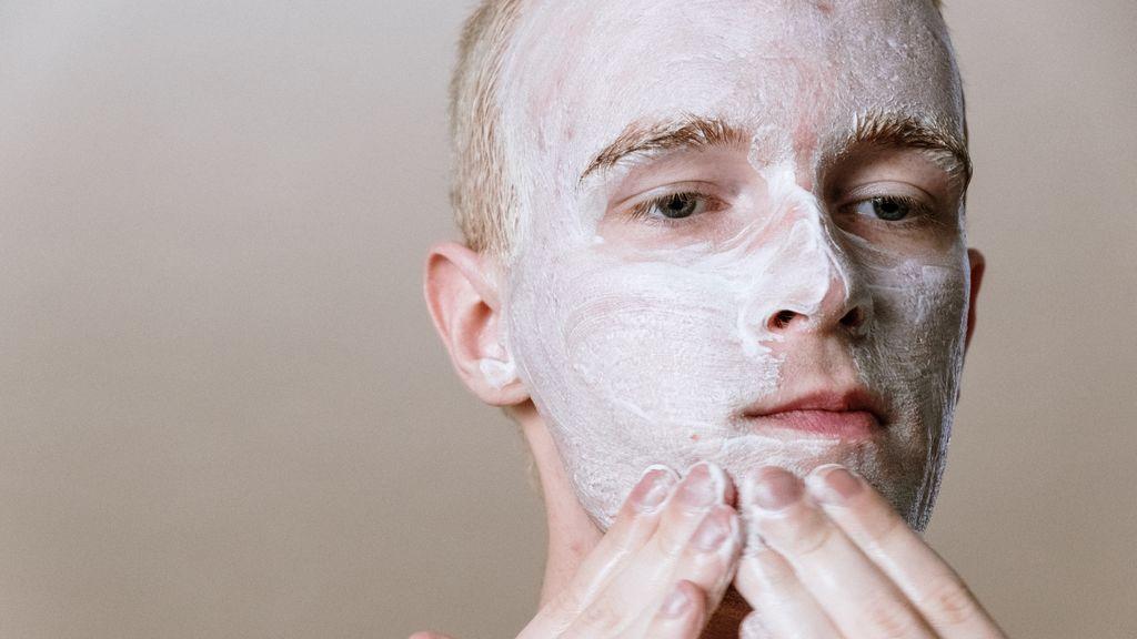 Cosméticos para hombres: 5 básicos que no pueden faltar en tu neceser