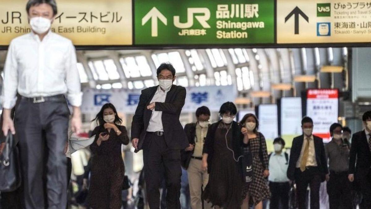 Teletrabajo en Japón: la cultura presencial y la dependencia del papel dificultan poner fin a las oficinas