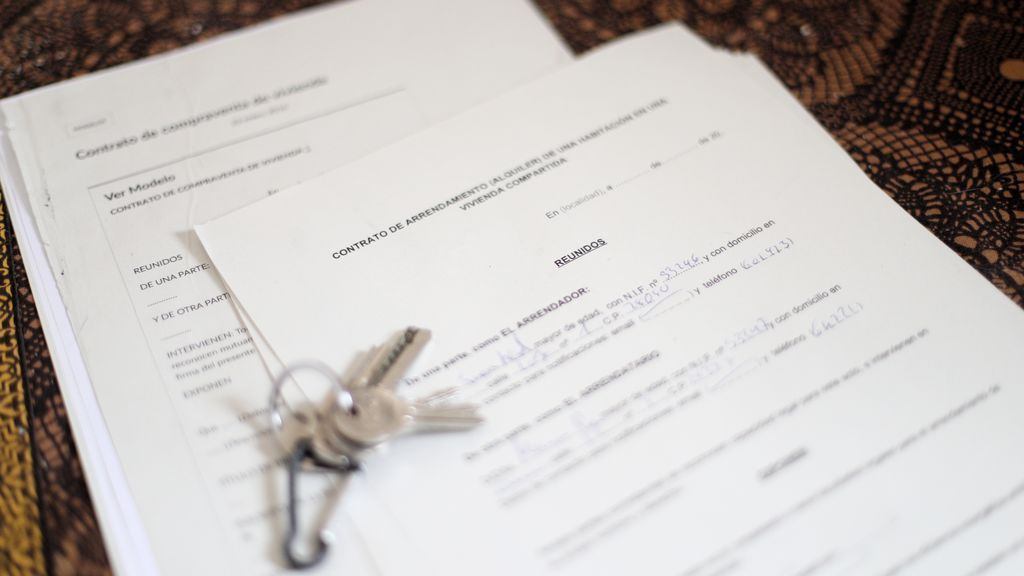 Cláusulas COVID en los contratos de alquiler de casas y habitaciones: la nueva 'vía de escape' para padres que pagan el piso de sus hijos universitarios