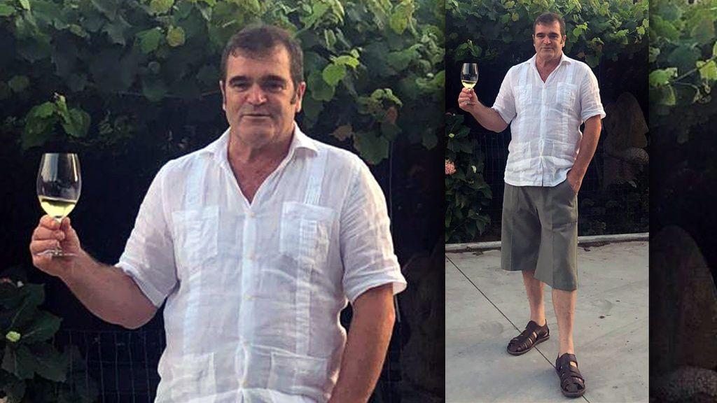 Leiro, con la copa de vino