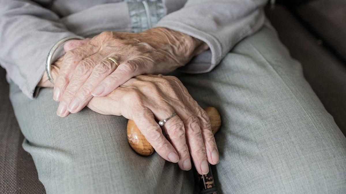 Alzheimer: qué es, síntomas, causas y cómo tratar