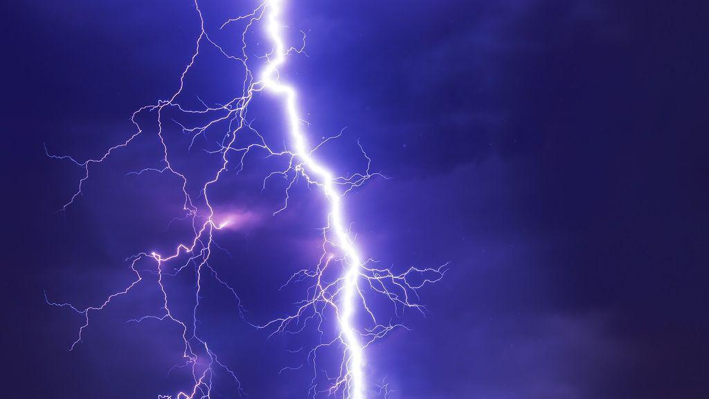 Una tormenta deja más de 4.700 rayos en Galicia en 24 horas