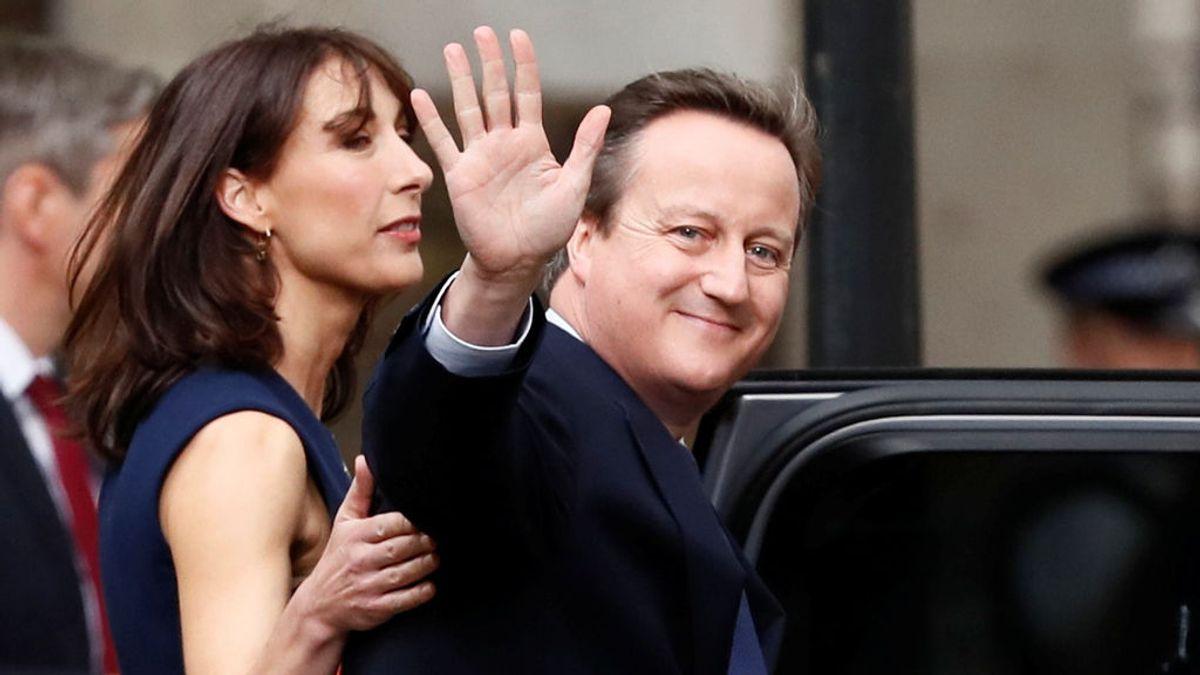 Escándalo en Reino Unido: el diario de una esposa que saca los colores a los diputados 'tories'