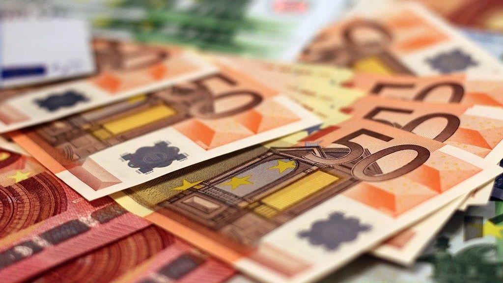 Una pareja francesa mantiene su humildad tras ganar 157 millones en el Euromillones