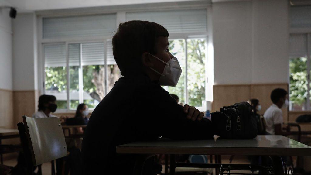 Ciudadanos pide explicaciones por la ineficacia de las mascarillas repartidas en colegios de Cataluña