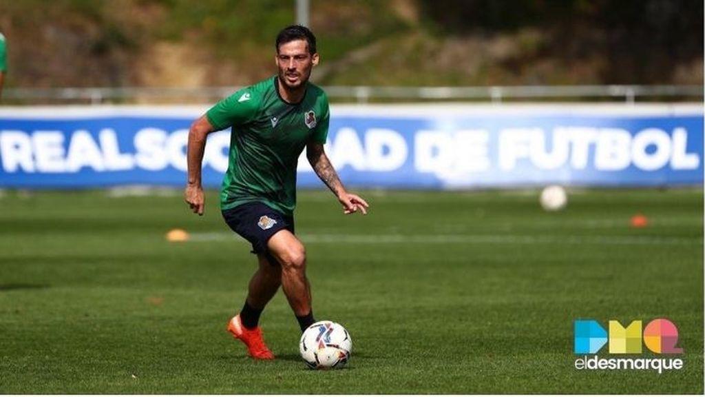 David Silva, en un entrenamiento con la Real Sociedad