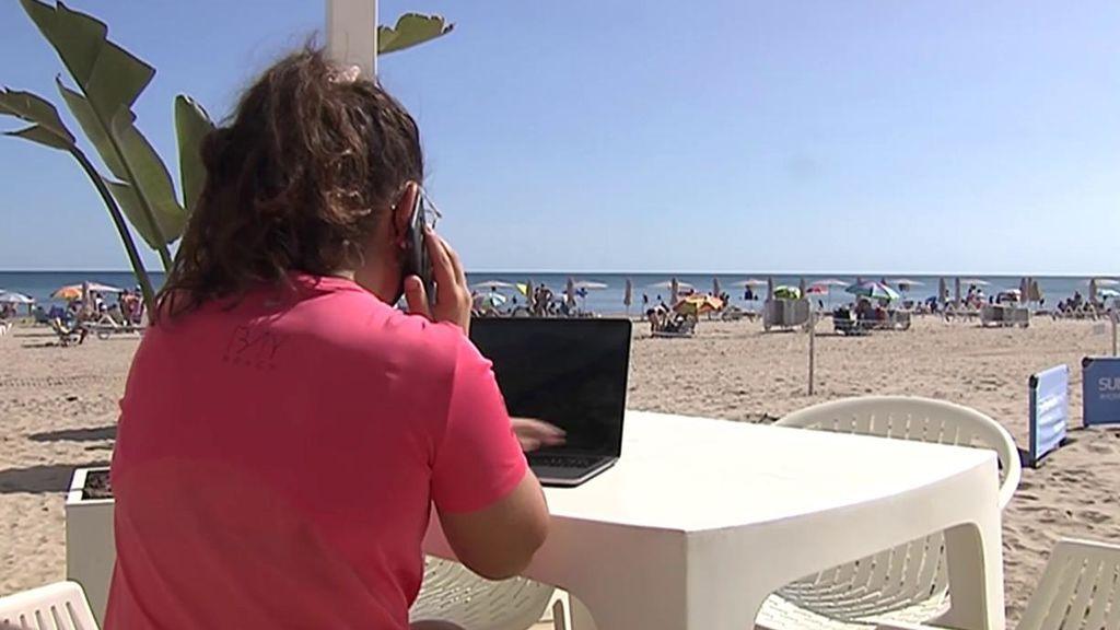 El teletrabajo aumenta los residentes en la costa ante la huida de las grandes ciudades