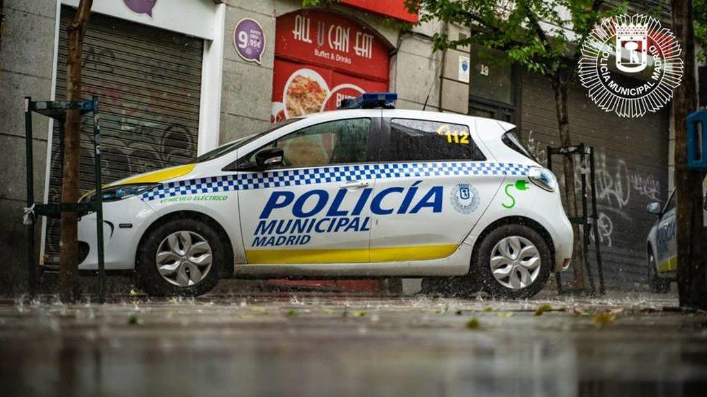 """Detenido en Madrid por agredir a los policías tras negarse a llevar la mascarilla : """"No pienso usarla"""""""