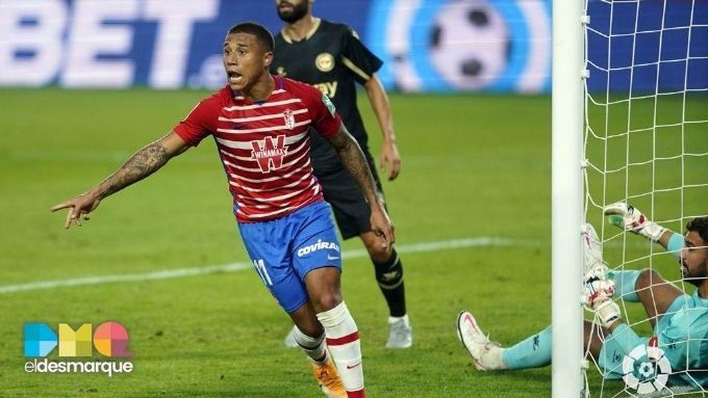 Darwin Machís celebra su gol en el Granada-Alavés