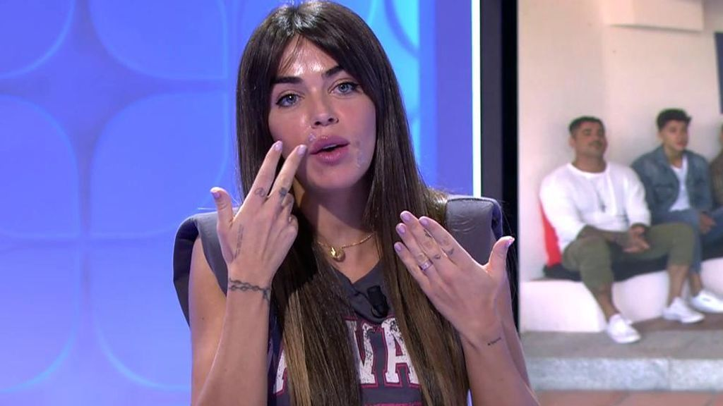 """Violeta tranquiliza a sus seguidores y aclara qué le pasa en la cara: """"No os asustéis"""""""