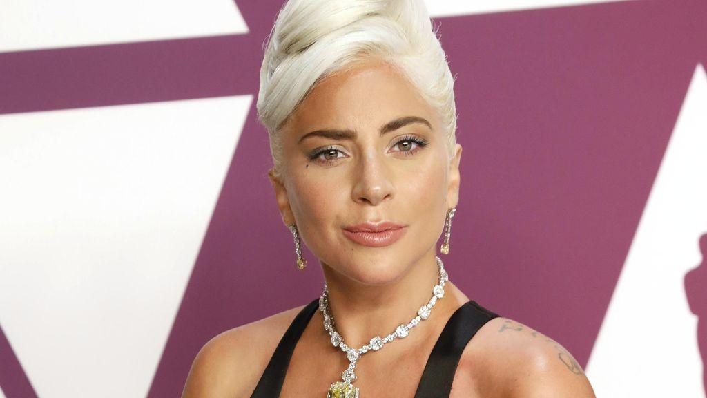 """Lady Gaga: """"La gente me observaba para asegurarse de que no me autolesionaba, no entendía por qué debía vivir"""""""