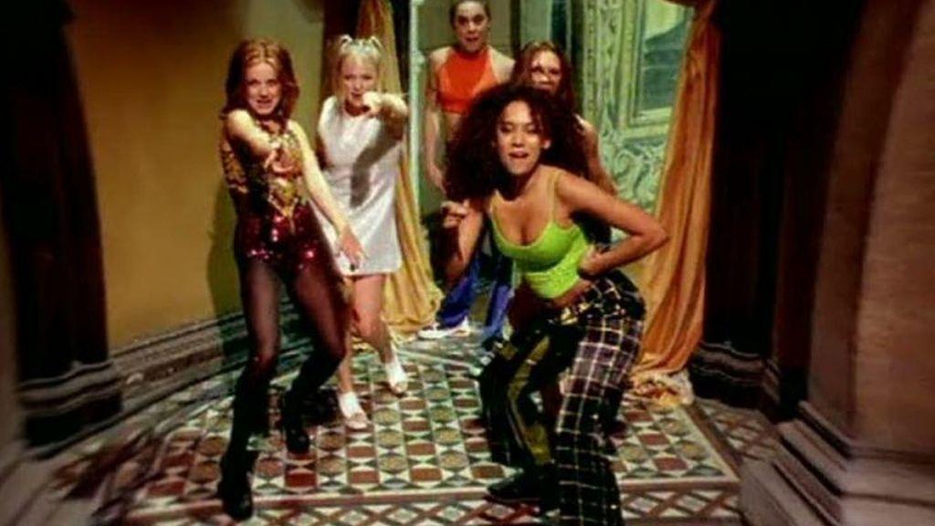 Las Spice Girls quieren grabar una nueva versión del videoclip de Wannabe, aunque sin Victoria