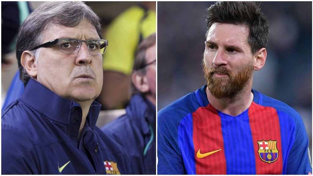 El Tata Martino, en su época de entrenador del Barcelona, y Leo Messi.