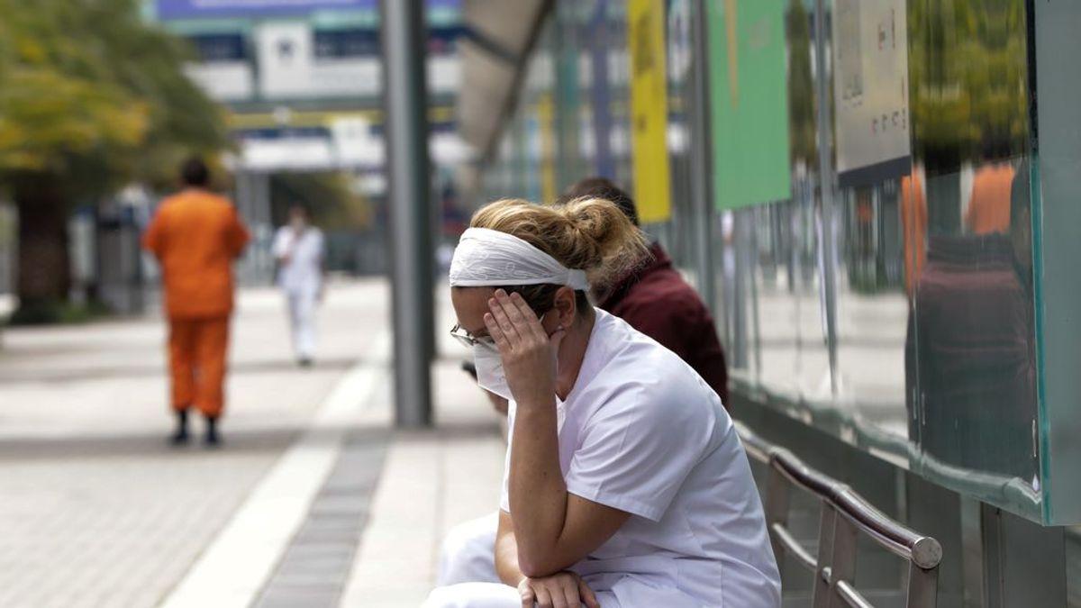 """Sanitarios responden a Ayuso: """"No faltan médicos, sobra precariedad laboral"""""""