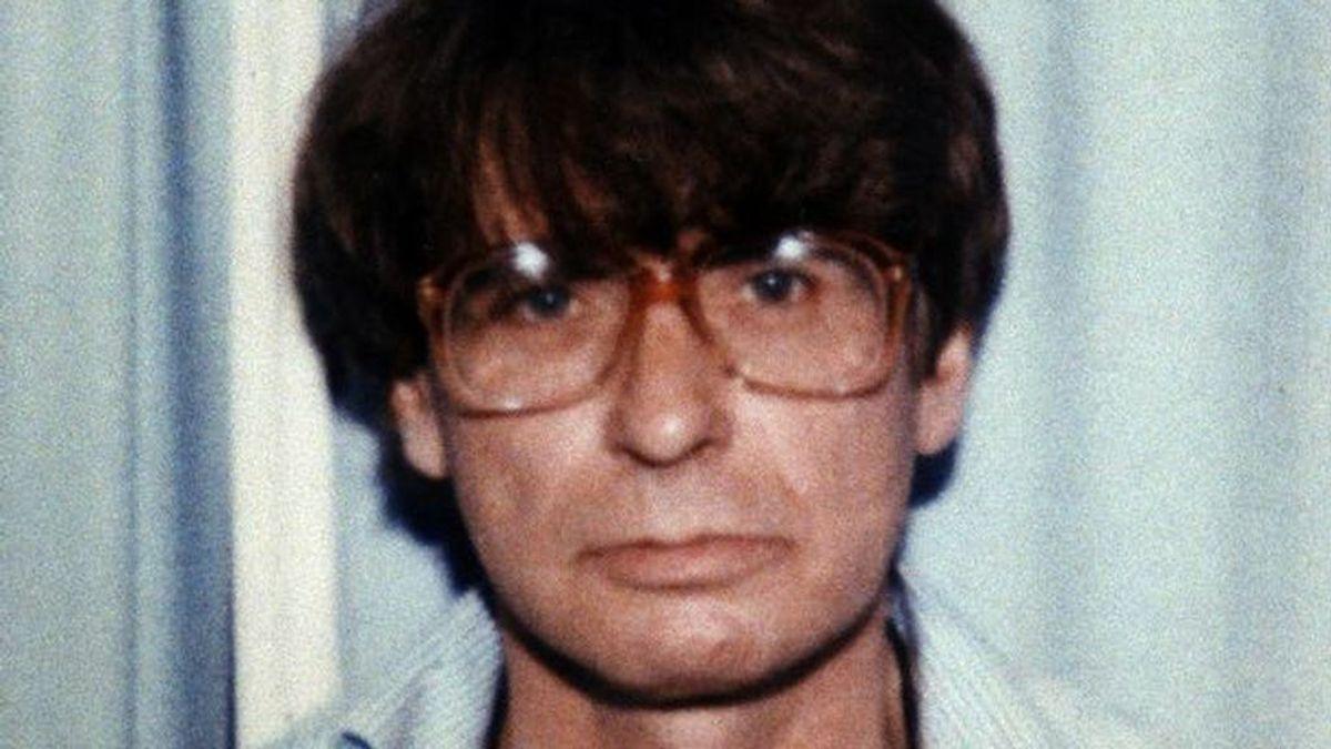 Un hombre cuenta cómo escapó del célebre asesino en serie Dennis Nilsen, el psicópata de la corbata