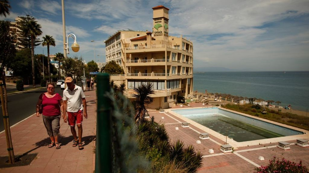 Andalucía monitorizará segundas residencias de madrileños en la región para controlar posibles brotes