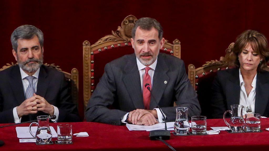 Versiones contradictorias sobre la ausencia del rey a la entrega de despachos judiciales en Barcelona