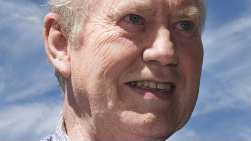 Chuck Feeney, el multimillonario que amasó una fortuna de 6.000 millones de euros y decidió donarla